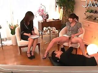 Japanese Teen Shows Her Pussy
