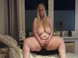 Teen Mit Hange Titten