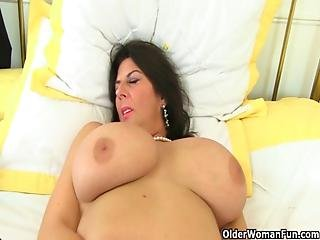 British Milf Lulu And Her Big Naturals