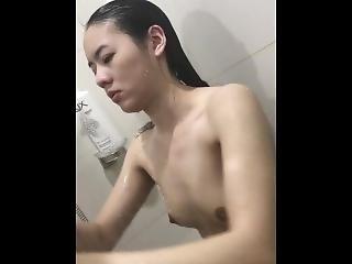 kuřba, cumshot, dvojité vniknutí, honění, lízání, orgasmus, vniknutí, prostitutka, kunda, lízání kundy, sexy, solo, thajské, děvka, mladé