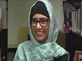 Mia Khalifa At Library