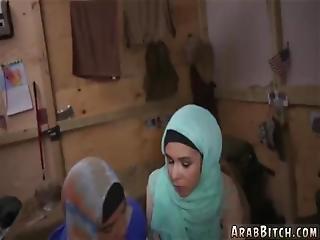 arabka, pierwszy raz, kara, seks, Nastolatki