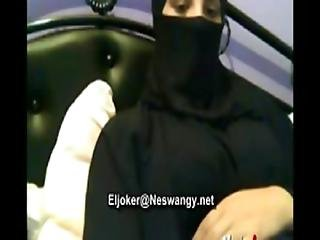 Arab Girl Show Her Body Www.sexy-dating6.com