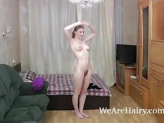 ametérské, blonďaté, fetiš, ruské, sexy, solo, posilování, pracoviště