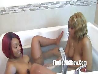 musta Ghetto lesbo seksiä Lesbo anime porno elokuva