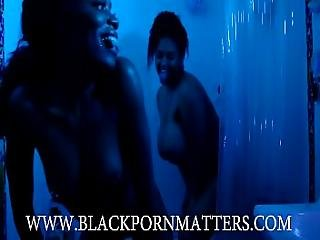 Ig Gaiagraphy First Lesbian Scene In Shower With Ig Havana Blue