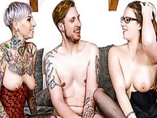 Hitzefrei Threesome With Two Hot German Babes