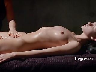 Ariel Mud Massage