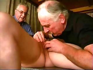 フェラチオ, 精液をショット, おじいさん, 成熟した, 若い