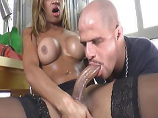 Latin Tgirl Bianca Alves Enjoys Some Oral Sex