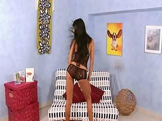 Blowjob, Brunette, Sædshot, Savle, Kneppe, Hardcore, Hæle, Milf, Brystvorte, Pink, Fede Brystvorter, Fisse, Sexet, Sofa Sex, Drilleri, Trimmed