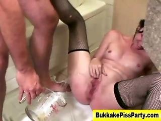 Piss Golden Shower Watersports Whore