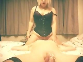 Facesitting Chastity Mistress