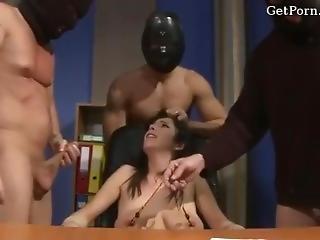 Amateur Slut Anal Gangbang