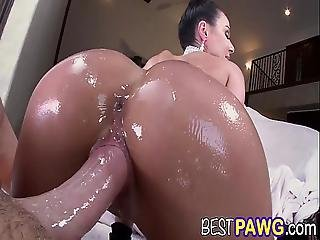 Milf Kendra Lust Is Going To Break The Internet With Her Big Ass Ap13656