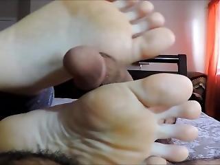 fetysz, stopa, pieszczoty stopą, punkt widzenia