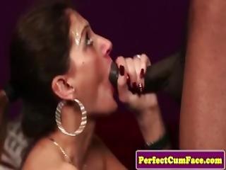 amateur, belle, pipe, anglaise, zoom, sperme, dans la tête, branlette, tâlons, queue de cheval, maigre, stocker, suce