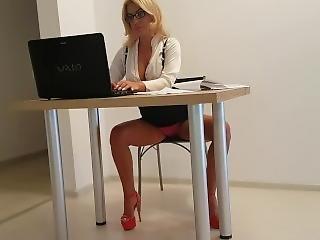 amatør, rompe, stor rompe, stor pupp, blond, knulling, kåt, onanering, milf, kontor, offentlig, fitte, sekretær, solo, overrasket, Tenåring