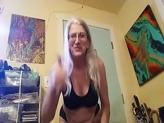 Granny Yoga 10