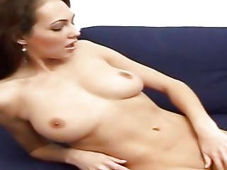 Mind-blowing Brunette Jennfer Fingering Her Cooter
