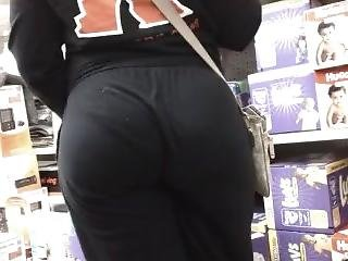 Ebony Shopping With A Nice Butt