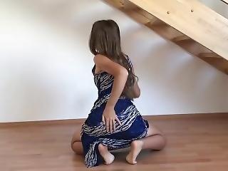Brunette Teen Shakes Her Big Ass In Long Tight Dress ! What A Bubble Butt !