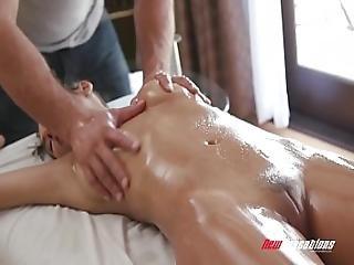 Newsensations Gianna Dior Sensual Massage