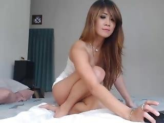Hot Moaning Asian