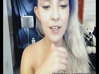 Amazing Hot Babe Loves Masturbation