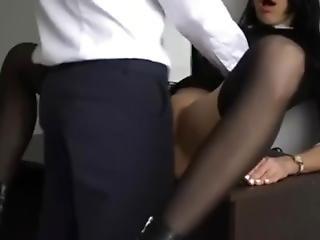 I Fuck My Slut Boss With An Anal Plug In Hidden Camera - Luxuryann