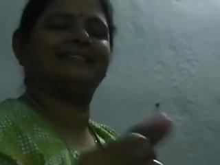 amateur, tante, branlette, indienne, mature