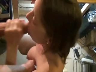 Pregnant Milf Blowjob And Lactating On Dick