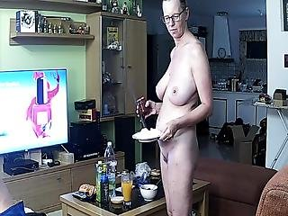 Mature With Nice Big Juicy Tits Exposed To Ip Camera