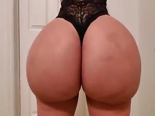 Duży tyłek i wigina