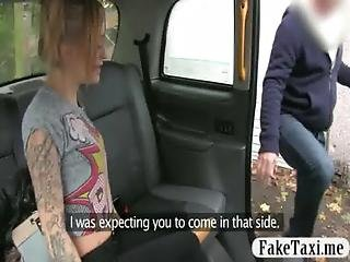 Sexy Amateur Customer Pounded With Fake Driver For Free