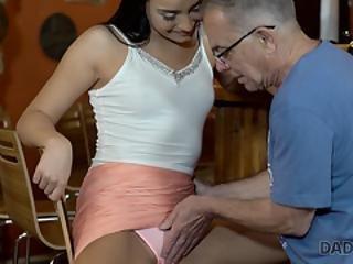 Far med datter xxx video