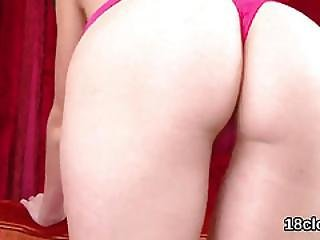 Elegant Girl Is Gaping Soft Twat In Closeup And Climaxing