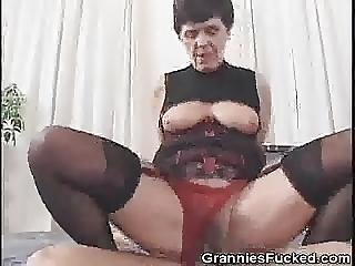 Hairy Granny Fannies 46