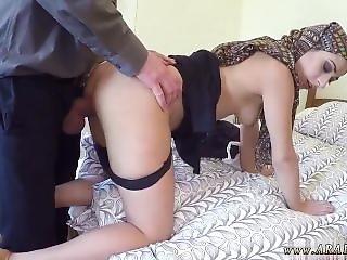 Arab Couple Fuck No Money, No Problem