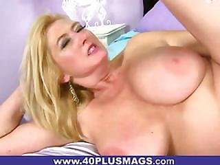Molly Is Giving Lots Of Pussy Fun