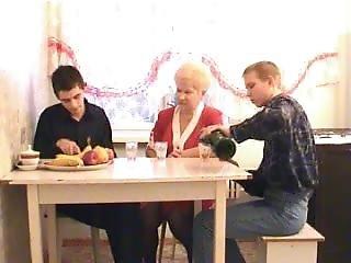 Russian Mature 61 (matureporn.com)