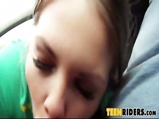 Desperate Wonderful Teen Backseat Fucking