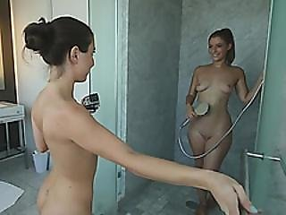 Pussy Eating In The Hotel Bathroom
