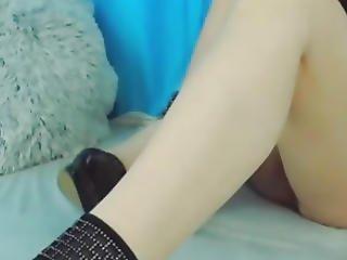 Amazing Hottie Cam Babe Masturbate On Cam
