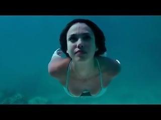 Jessica Alba - Bikini - Slowmotion