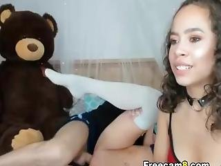 Two Naughty Babe Share On One Cock