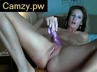 Camzy.pw - Sexy Redhead Milf On Webcam