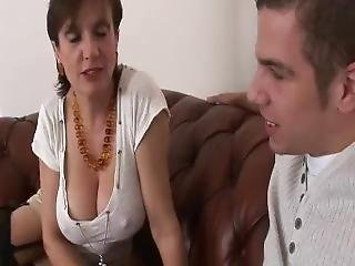 Lady Sonia Horny Housewife In Need