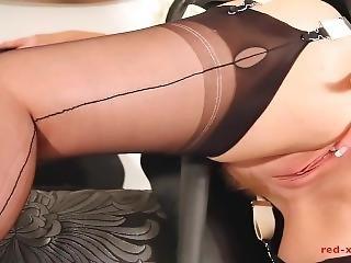 stortuttad, knullar, latex, hembiträderska, onani, milf, porrstjärna, sexig, uniform