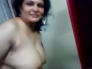 Horny Aunty Webcam Show